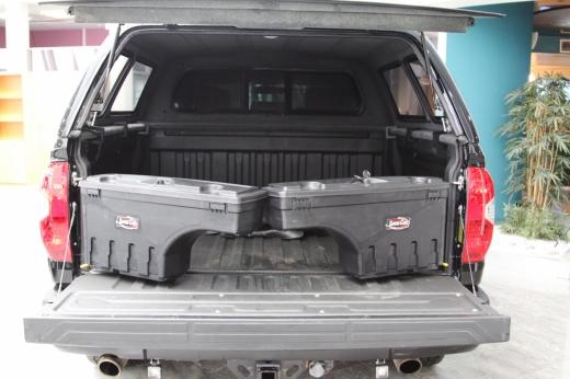 Toyota Tundra II 5.7 AT (381 л.с.) 4WD