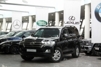 Toyota Land Cruiser 200 Series Рестайлинг 2 4.5d AT (249 л.с.) 4WD
